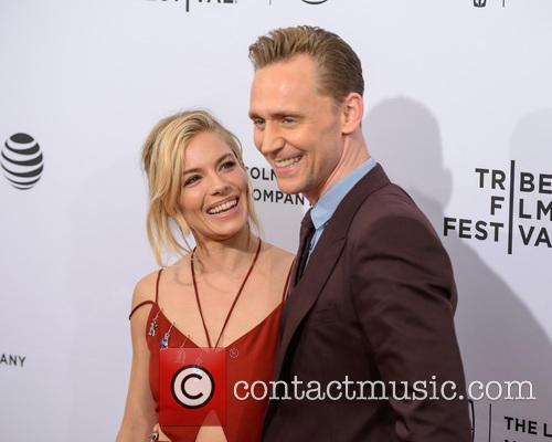 Sienna Miller and Tom Hiddleston 8