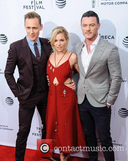 Luke Evans, Sienna Miller and Tom Hiddleston 11