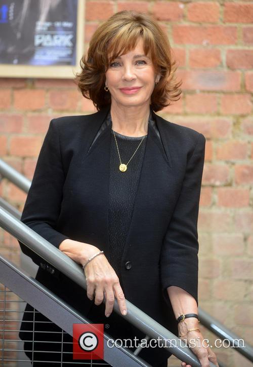 Anne Archer 4