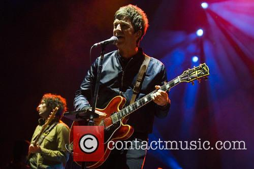 Noel Gallagher and High Flying Birds 3