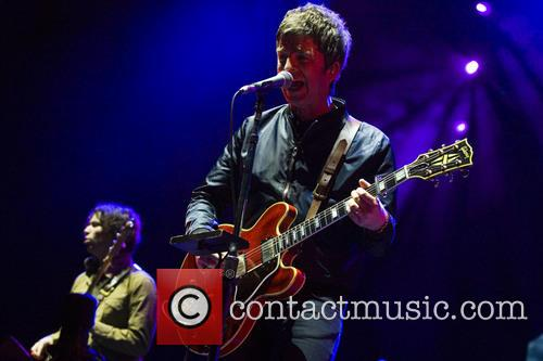Noel Gallagher and High Flying Birds 4