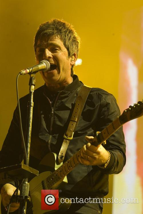 Noel Gallagher and High Flying Birds 11