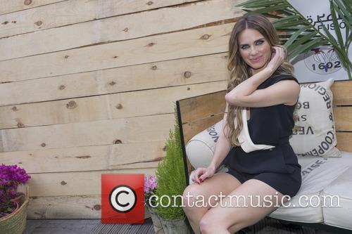 Vanesa Romero 8