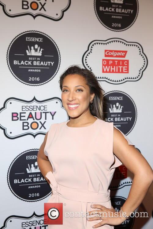 Robin Thede 4