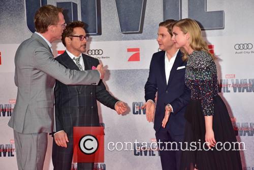 Paul Bettany, Robert Downey Jr., Emily Van Camp and Daniel Bruehl 6