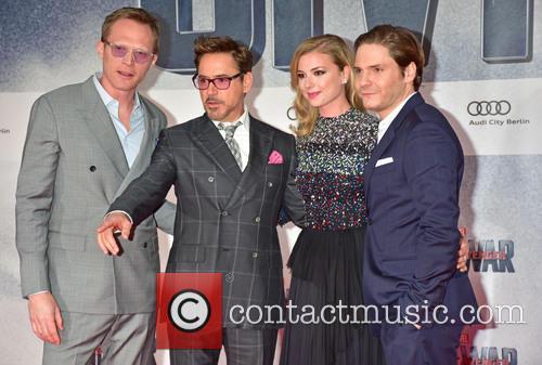 Paul Bettany, Robert Downey Jr., Emily Van Camp and Daniel Bruehl 7