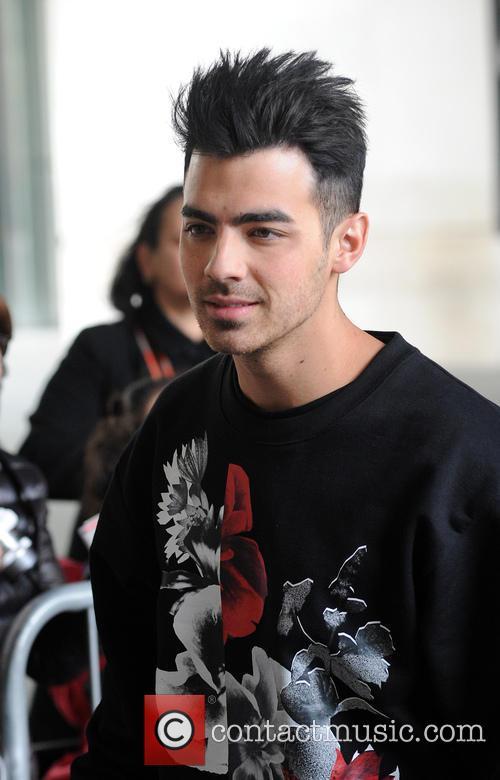 Joe Jonas 11