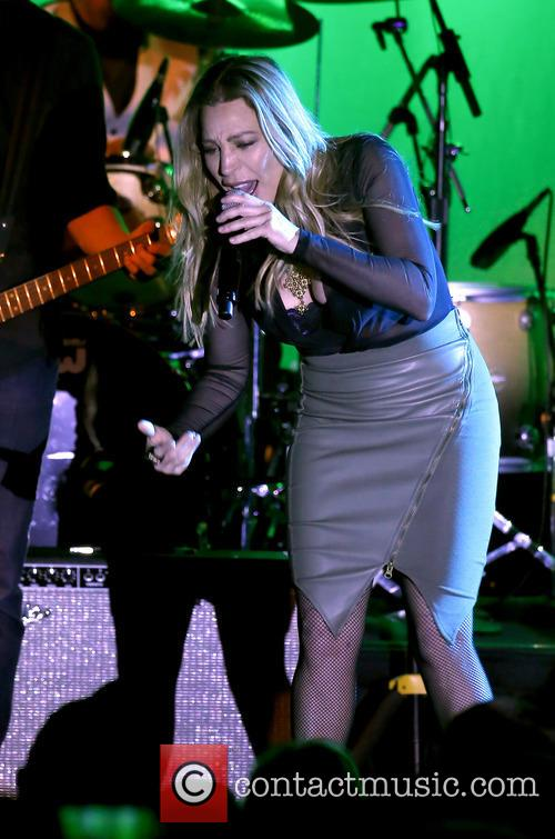 Taylor Dayne performs at Gordie Brown Showroom