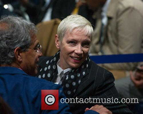 Annie Lennox and Singer-songwriter 4