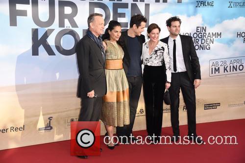 Tom Hanks, Sarita Choudhury, Tom Tykwer, Sidse Babett Knudsen and Alexander Black 3