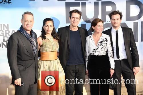 Tom Hanks, Sarita Choudhury, Tom Tykwer, Sidse Babett Knudsen and Alexander Black 6