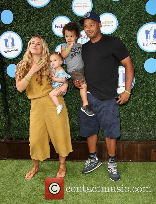 Donald Faison, Wife Cacee Cobb, Daughter Wilder Frances Faison and Son Rocco Faison 4