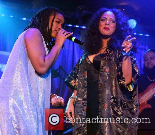 B.B. King presents the music of Floetry and...