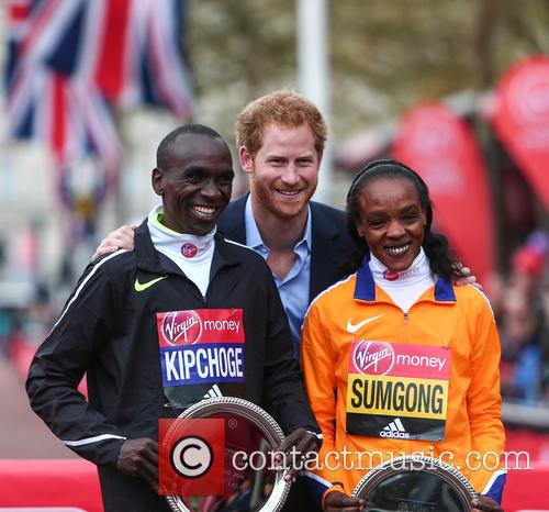 Eliud Kipchoge, Prince Harry and Jemima Sumgong 10