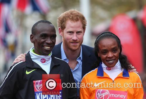Eliud Kipchoge, Prince Harry and Jemima Sumgong 11