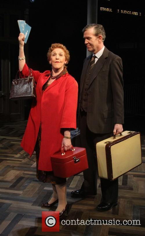 Patricia Hodge and Steven Pacey As Henry 4