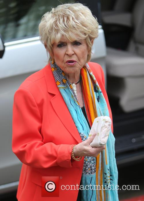 Gloria Hunniford 6