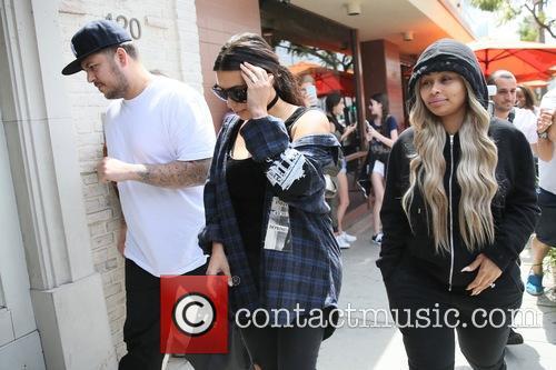 Rob Kardashain, Kim Kardashian and Blac Chyna 8