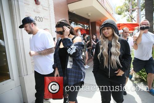 Rob Kardashain, Kim Kardashian and Blac Chyna 9
