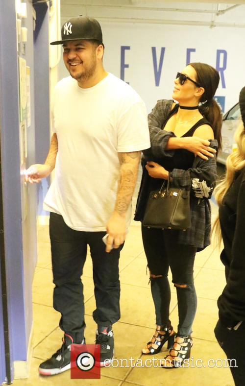 Rob Kardashian and Kim Kardashian 8