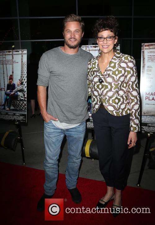Travis Fimmel and Rebecca Miller 6