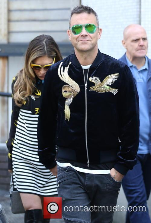 Robbie Williams and Ayda Field 9
