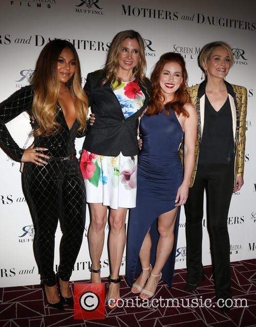 Ashanti, Mira Sorvino, Alexandra Daniels and Sharon Stone 5