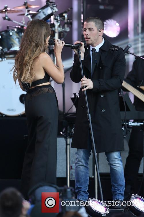 Tove Lo and Nick Jonas 3