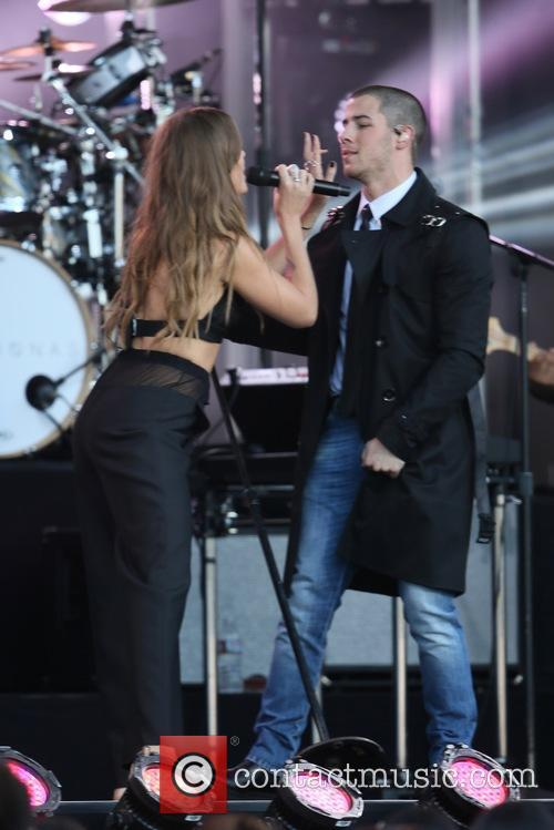 Tove Lo and Nick Jonas 10