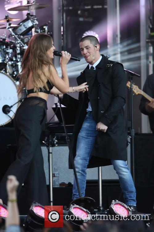 Tove Lo and Nick Jonas 11