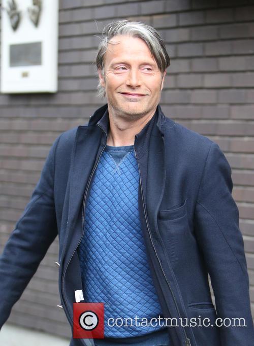 Mads Mikkelsen 8