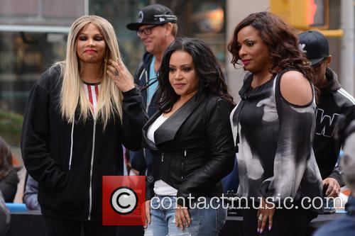 Salt-n-pepa and Dj Spinderella 1