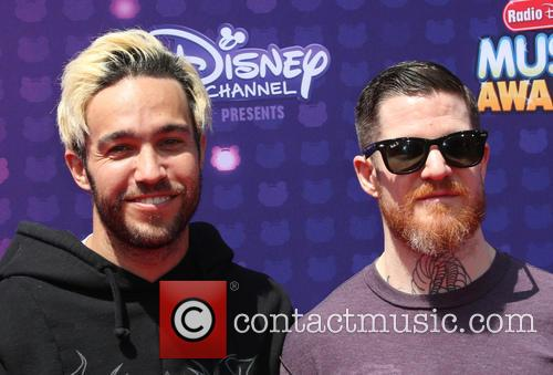 Pete Wentz, Andy Hurley and Fall Out Boy 5
