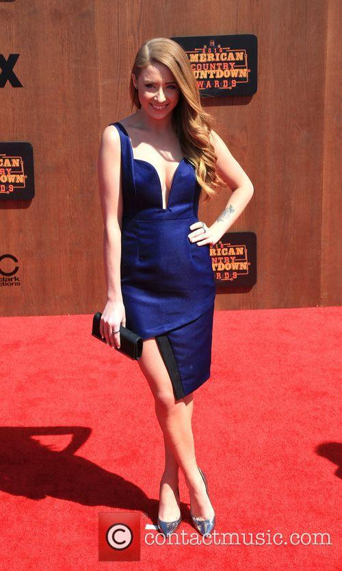 Kalie Shorr 2