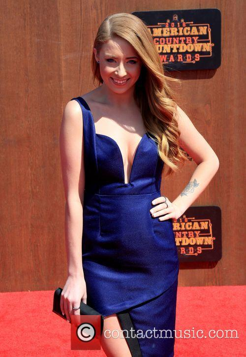 Kalie Shorr 3