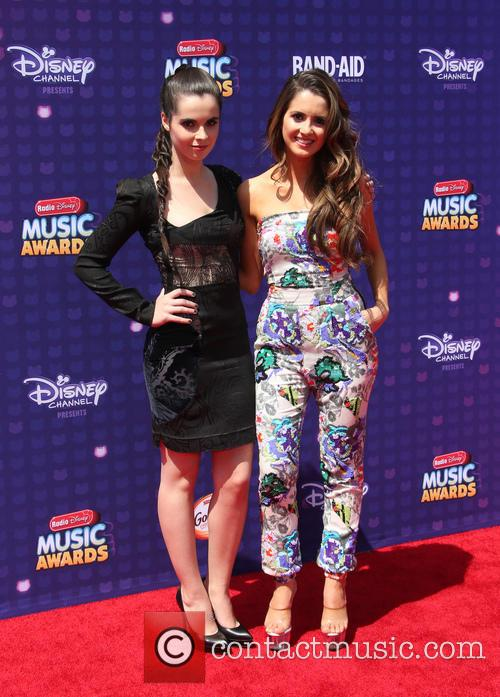 Vanessa Marano and Laura Marano 6