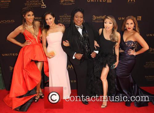 Tamar Braxton, Tamera Mowry-housley, Loni Love, Jeannie Mai and Adrienne Bailon 5