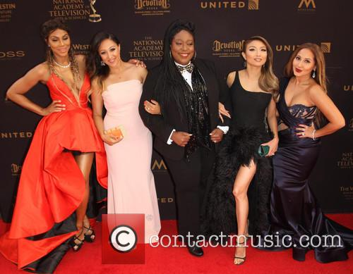 Tamar Braxton, Tamera Mowry-housley, Loni Love, Jeannie Mai and Adrienne Bailon 6