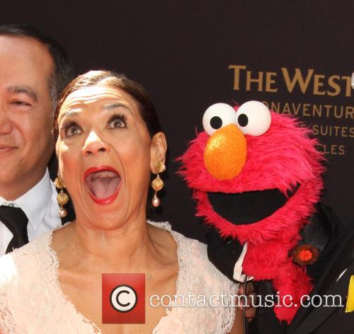 Sonia Manzano and Elmo 4