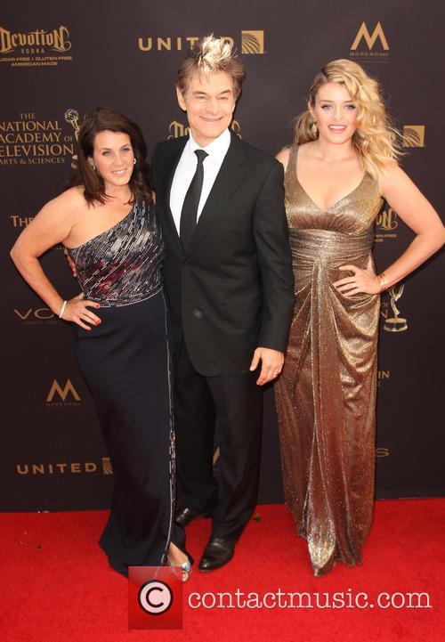 Liza Oz, Dr. Mehmet Oz and Daphne Oz 1