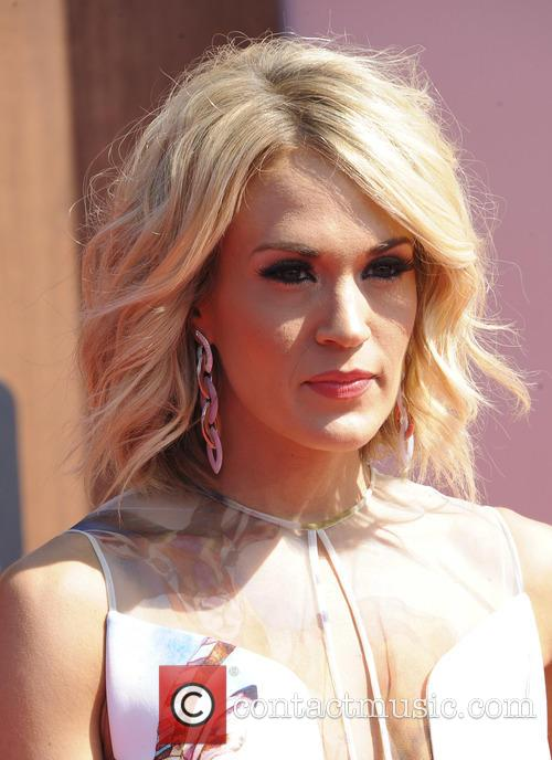 Carrie Underwood 7