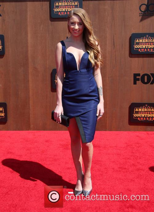 Kalie Shorr 8