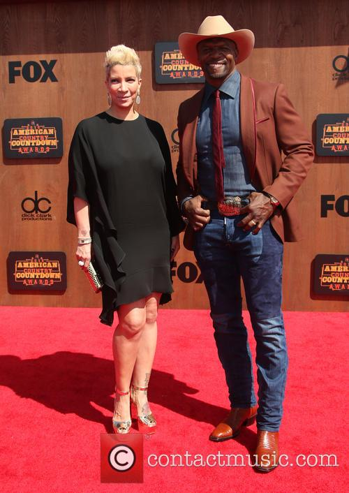Rebecca King-crews and Terry Crews 8