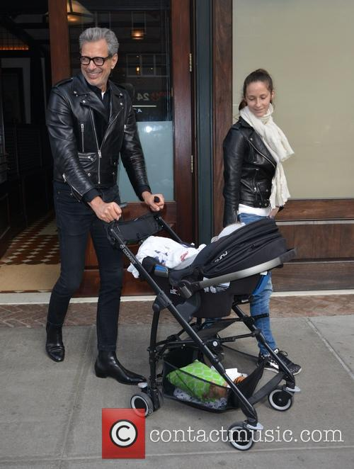 Jeff Goldblum, Emilie Livingston and Charlie Ocean Goldblum 3