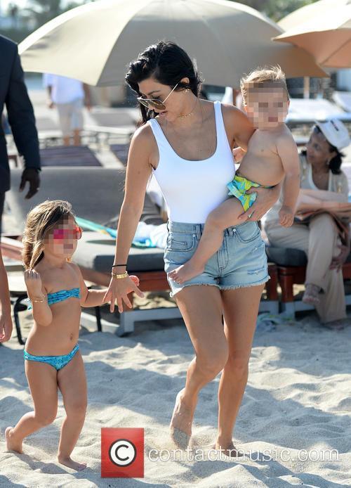 Kourtney Kardashian, Reign Disick and Penelope Disick 9