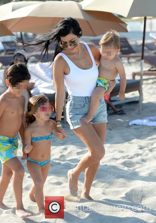 Kourtney Kardashian, Mason Disick, Reign Disick and Penelope Disick 11