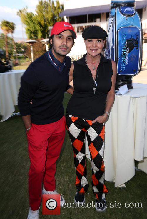 Kunal Nayyar and Paula Trickey 5