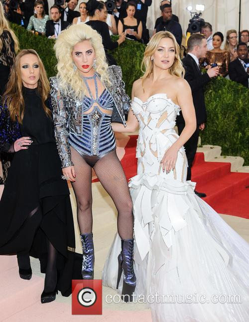 Allegra Versace, Lady Gaga and Kate Hudson 1