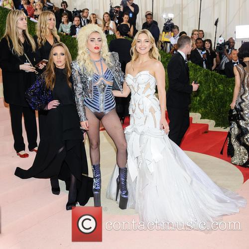 Allegra Versace, Lady Gaga and Kate Hudson 2