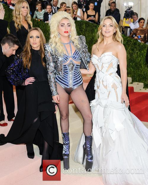 Allegra Versace, Lady Gaga and Kate Hudson 3